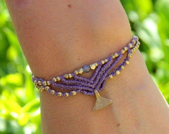 Fairy bracelet with small labradorite and brass ball, macrame bracelet, adjustable, nickel-free, goddess bracelet, gift for her, talisman