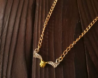 """Harry Potter inspired gold plated necklace with golden snitch pendant 18"""""""