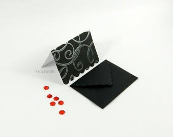Set of 5 | Scalloped Black Swirl foil-silver Note Cards & Black Envelopes | 3.75x2.75 Inch Blank Inside Folded Cards | 4x3 Inch Envelopes