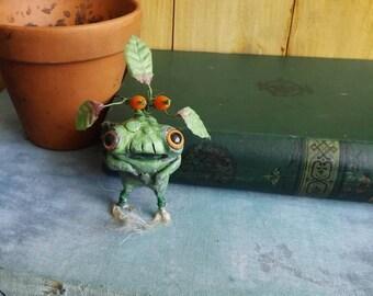 Mandrakes,Harry potter mandrakes,baby mandagora,Harry Potter necklace,herbology gift