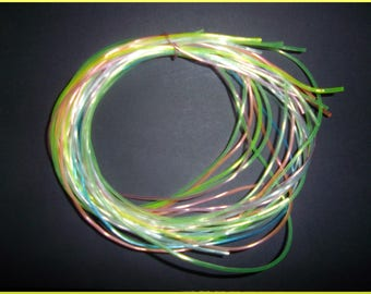 set of 18 strands of pastel scoubidous