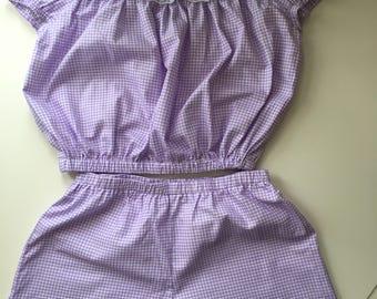 Open shoulders crop top and shorts pyjama