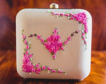 French Knot- PINK BLING