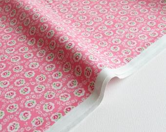 NEW ~ 1/2 yard Yuwa Atsuko Matsuyama Japan | Floral Scallop | AT826378 Pink