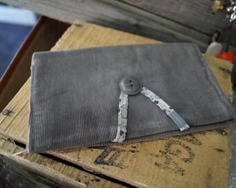 Gray velvet tobacco