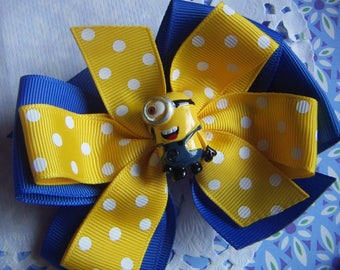 "NEW Girls Hair Bow 4"" Wide Minions Despicable Yellow & Blue  #2 Alligator Clip Only"