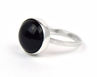 Sterling Silver Black Onyx Ring - Large Stone Ring - Ring with Black Stone - Hammered Silver Ring - Silver Statement Ring - Anniversary Gift