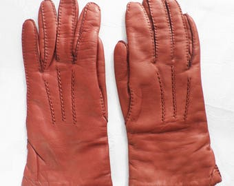 Vintage 1960s Tan Kid Leather Gloves  Classic