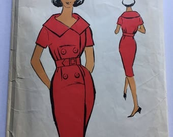 "Fabulous 60's french vintage sewing pattern :  Woman buttoned shirt with double collar - size 12 taille 40 ""Patron modele 68022"""