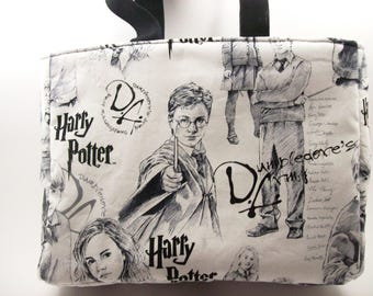 "Harry Potter Insulated Lunch Bag,Great for Children or Adults,8"" high,10"" wide,width is 3 "", in 4 choices of fabric,Great for school."