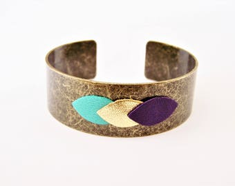 Cuff Bracelet and leather Mint green, gold and purple petal