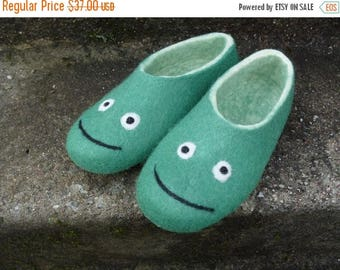 Fall Sale Felted slippers, kid's slippers, smile