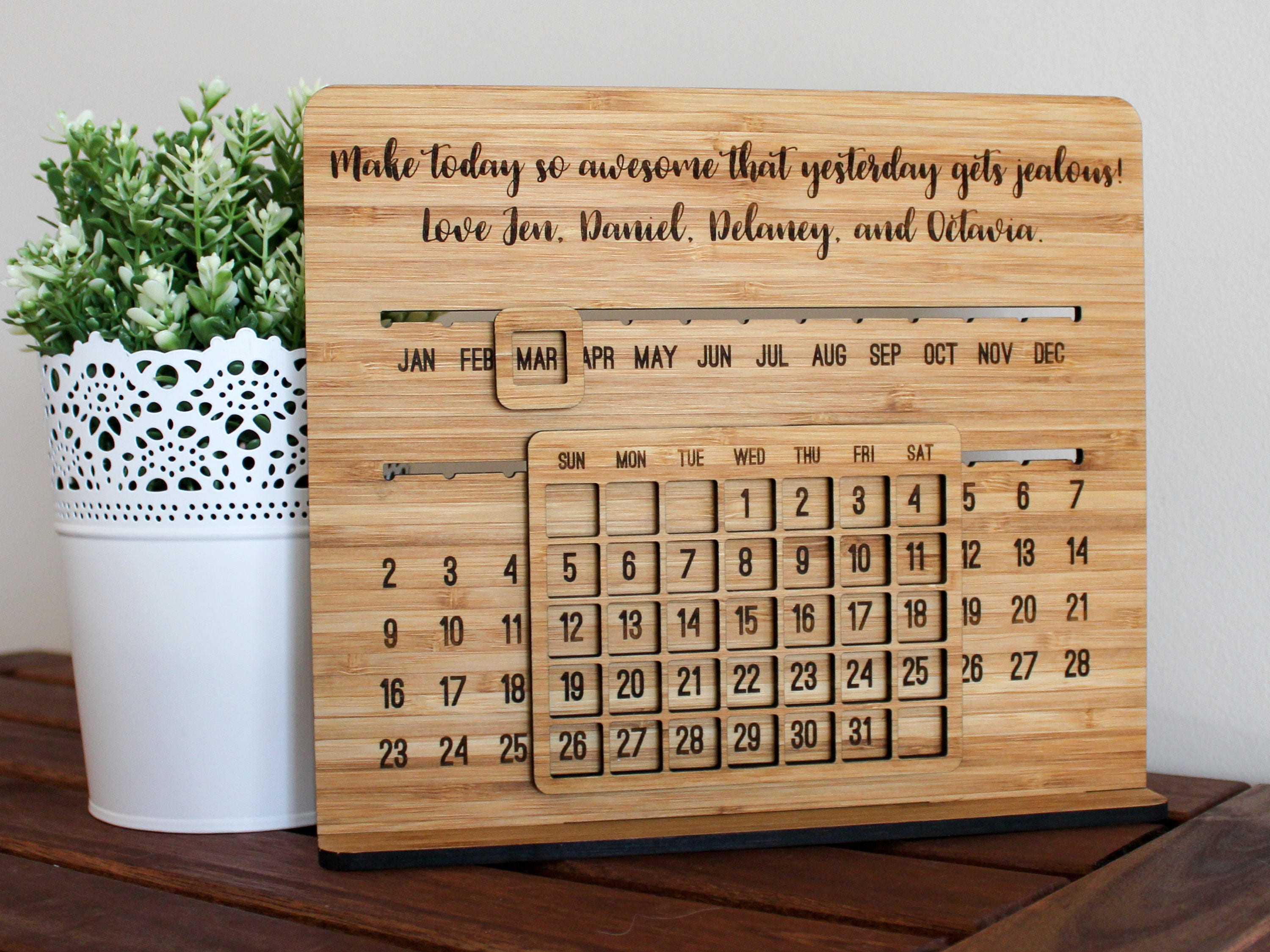 How To Make A Wooden Desk Calendar Hostgarcia