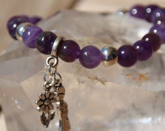 Amethyst bracelet on elastic band