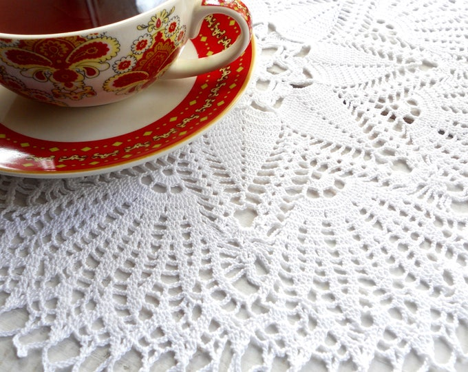 14 inch Doily, White Crochet Doily, White Lace Tablecloth, Crochet Cotton Table Decoration, Gift for Her, Christmas Gift, White Home Decor