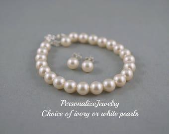 Child Swarovski pearls bracelet, Sterling silver studs earrings, Children jewelry, Flower girl bracelet, Junior bridesmaid gift, Ivory white