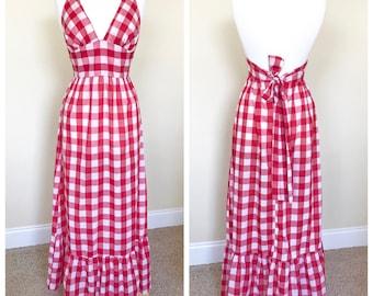1970s Red & white gingham print picnic dress by Daffy California. Women's US size Medium.