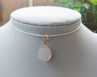 Flat rose quartz pendant leather cord choker