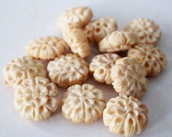 1 Bone Hand Carved Flower Bead Or Charm Size 17mm