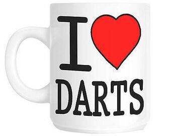 I love heart darts gift mug