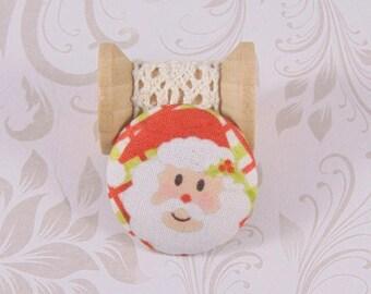 1 button 28mm x ref A23 Santa head