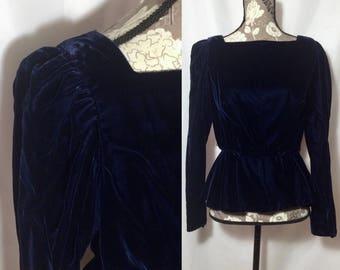 Vintage 1950s Midnight Blue Velvet Peplum Top // S