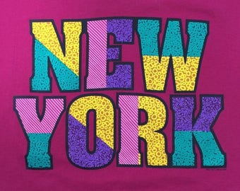 New York T-shirt Vintage Screen Stars Pink L Cotton Blend Made in USA Single Stitch