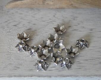 Set of 50 antique silver flower bead caps