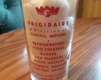 Frigidaire Measuring Glass