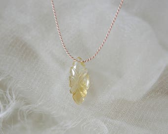 Citrine carved leaf Briolett silk chain necklace natural beauty 333 yellow gold