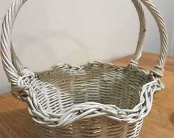 Beautiful off White Vintage Wicker Basket with Double Handle Flower Girl  Easter Decor Basket