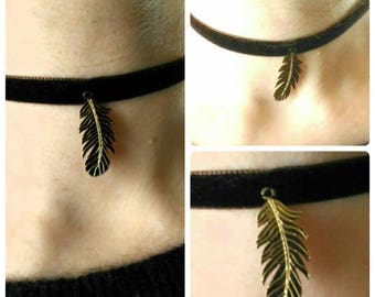 Brown and gold Choker