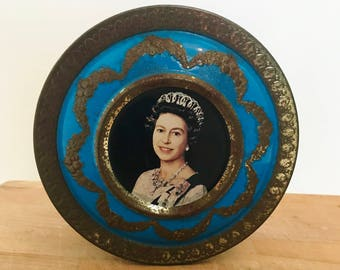 Vintage Queen Elizabeth Tin