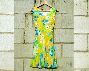 Vintage Dress - Knee Length - Sleeveless Dress - Summer Dress - Summer Vintage