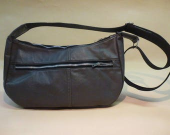 light grey shoulder bag made of recycled leather