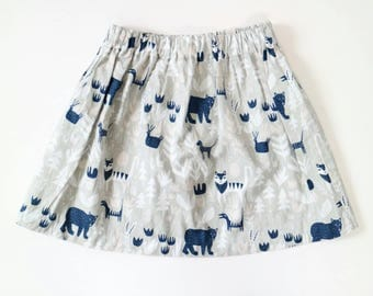 Girls cotton skirt in grey with bears, tigers, dogs, birds and dinosaurs LAST ONE LEFT size 4-5 years