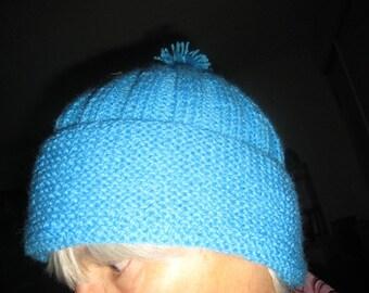 Bonnet en laine tricoté mains couleur turquoise