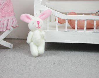 Bunny in wool white colour for the doll, the Dollhouse, miniature dollhouse miniatures