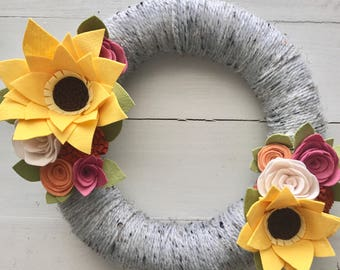 Felt flower wreath• Yarn wrapped wreath • Fall wreath•Sunflower wreath