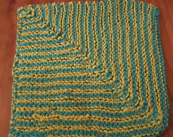 100% cotton dishcloth handknitted. Blue and yellow