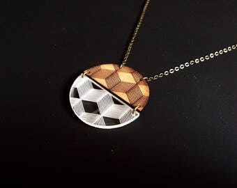 "Long necklace mi ""3D"" wood and engraved perspex"