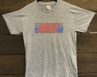 1980's 80's Vintage NIKE T Shirt  *supersoft*
