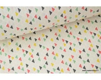 Tissu 100%coton motifs Triangles géométriques x50cm