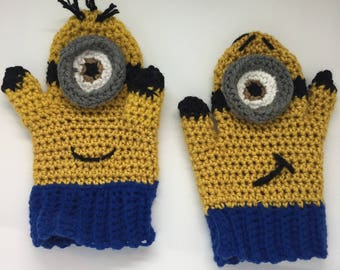 Minions inspired mittens-puppets