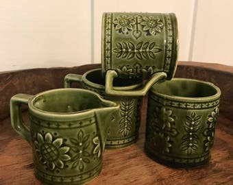Vintage Green Sunflower Patterned Coffee Mugs and Matching Creamer Set of 4