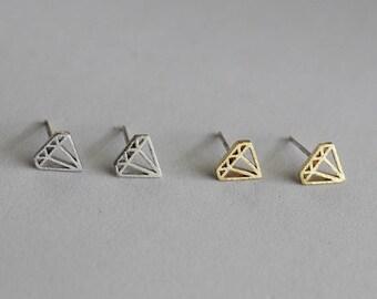 Diamond Shape Stud Earrings / geometric diamond studs, pentagon earrings, tiny diamond earrings, minimalist / E0-50