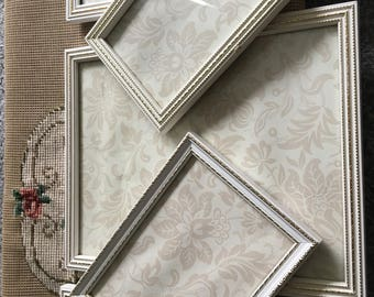 Lovely set of vintage frames / instant wall art / shabby chic wall decor/ vintage gold and cream frames / shabby chic picture frames