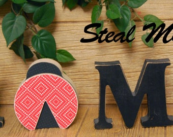 """Lady Bug: Summer and Gardening Stand alone Decoration - """"O"""" Insert ONLY - Craft for """"H M E"""", """"L V E"""" or """"WELCME"""" Interchangeable Letter Set"""