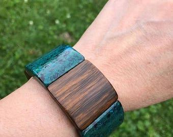 SALE Vintage Lucite and Wood Sqares Link Bangle in Marbled Green & Brown Wood/Bracelet