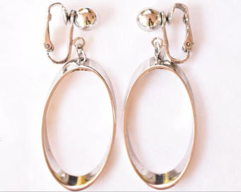 Vintage Boho Gypsy Hoop Oval Dangle Statement Earrings Clip On Silver Tone Retro Costume Jewelry 2""